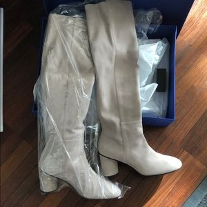 NEW WITH TAGs Stuart Weitzman Eloise boots